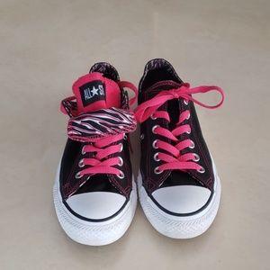 Converse pink black sneakers W7